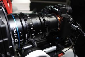 Kamera s objektívom