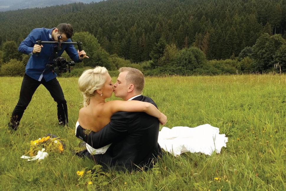 svadobny-kameraman-v-akcii